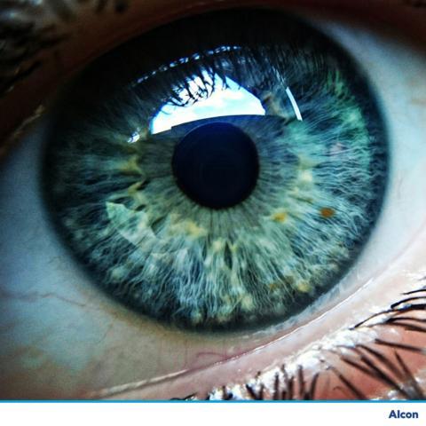 Unsichtbare Kontaktlinsen von Optiker Lamm in Schorndorf
